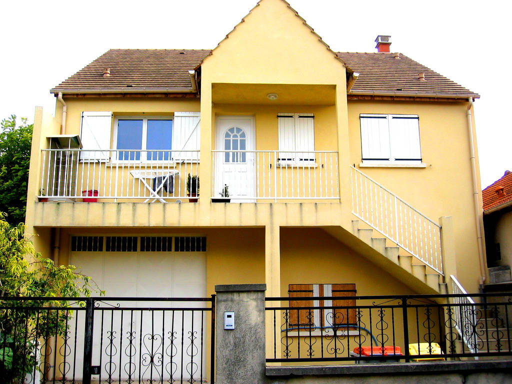 location studio 17 m rosny sous bois 93110 17 m 540 e de particulier particulier pap. Black Bedroom Furniture Sets. Home Design Ideas