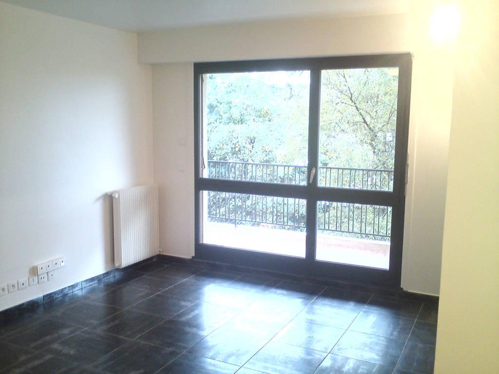 location appartement 2 pi ces 50 m fontenay sous bois 94120 50 m e de. Black Bedroom Furniture Sets. Home Design Ideas