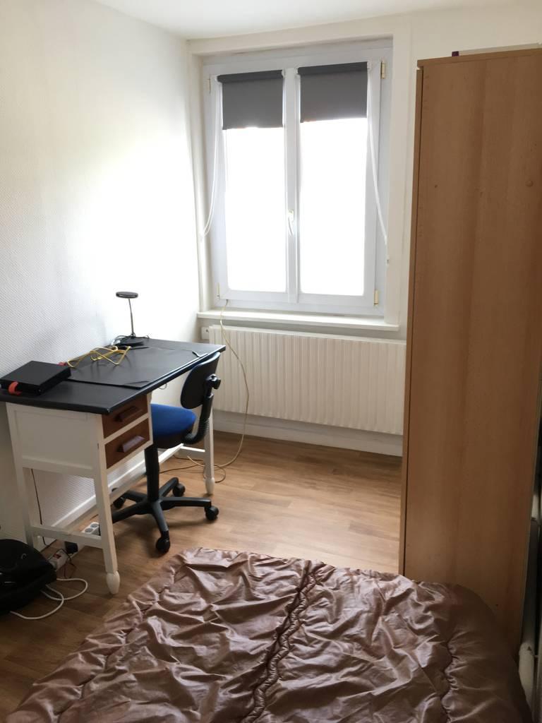 location meubl e chambre 18 m lille 18 m 410 de particulier particulier pap. Black Bedroom Furniture Sets. Home Design Ideas