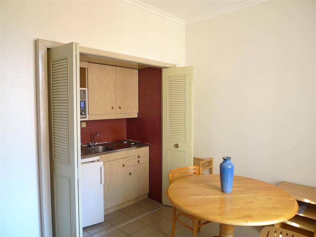location meubl e studio 23 m lyon 23 m 580 de particulier particulier pap. Black Bedroom Furniture Sets. Home Design Ideas