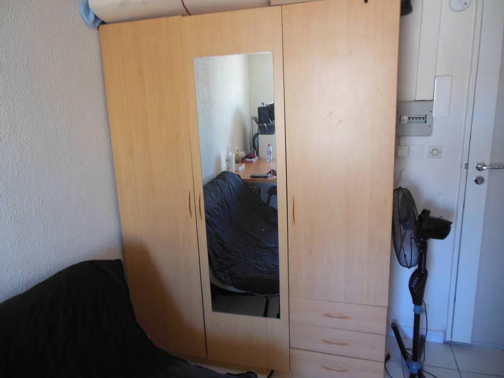location meubl e studio 20 m marseille 20 m 492 de particulier particulier pap. Black Bedroom Furniture Sets. Home Design Ideas