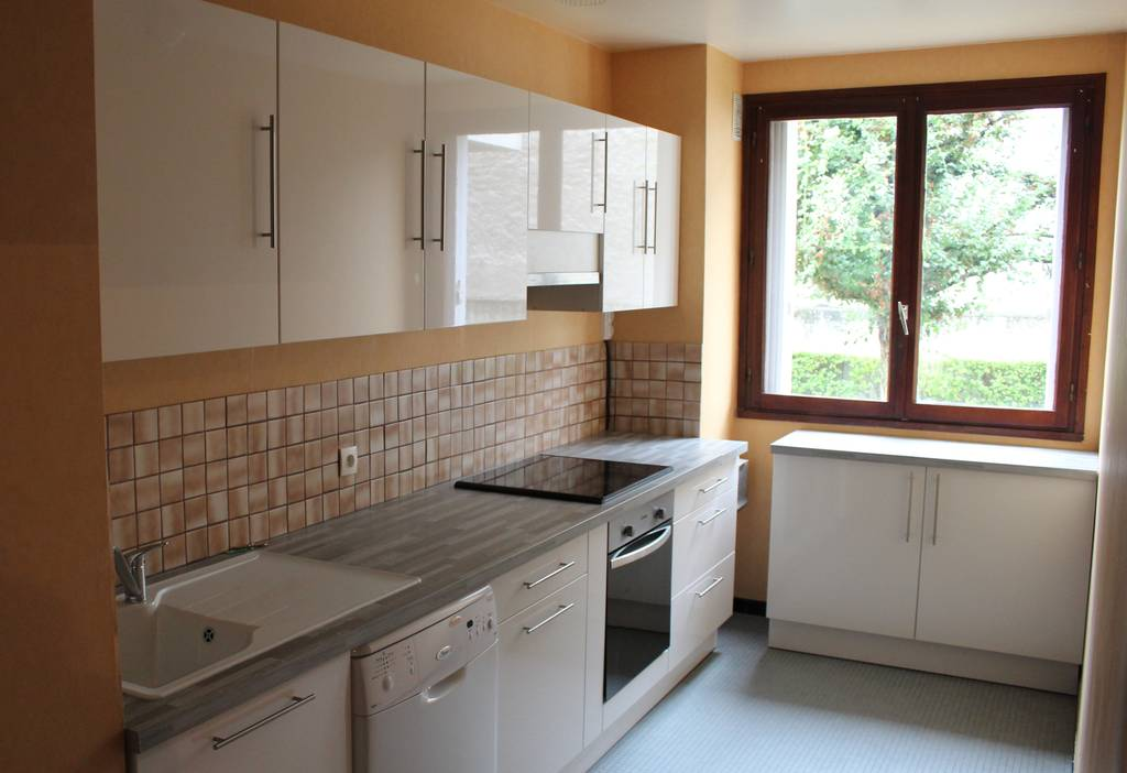 Location appartement 5 pi ces 105 m reims 105 m 795 for Location appartement meuble reims
