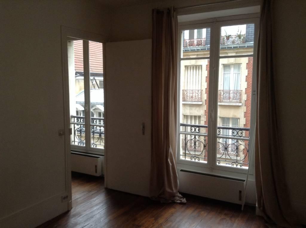location appartement 2 pi ces 35 m paris 35 m e de particulier particulier pap. Black Bedroom Furniture Sets. Home Design Ideas