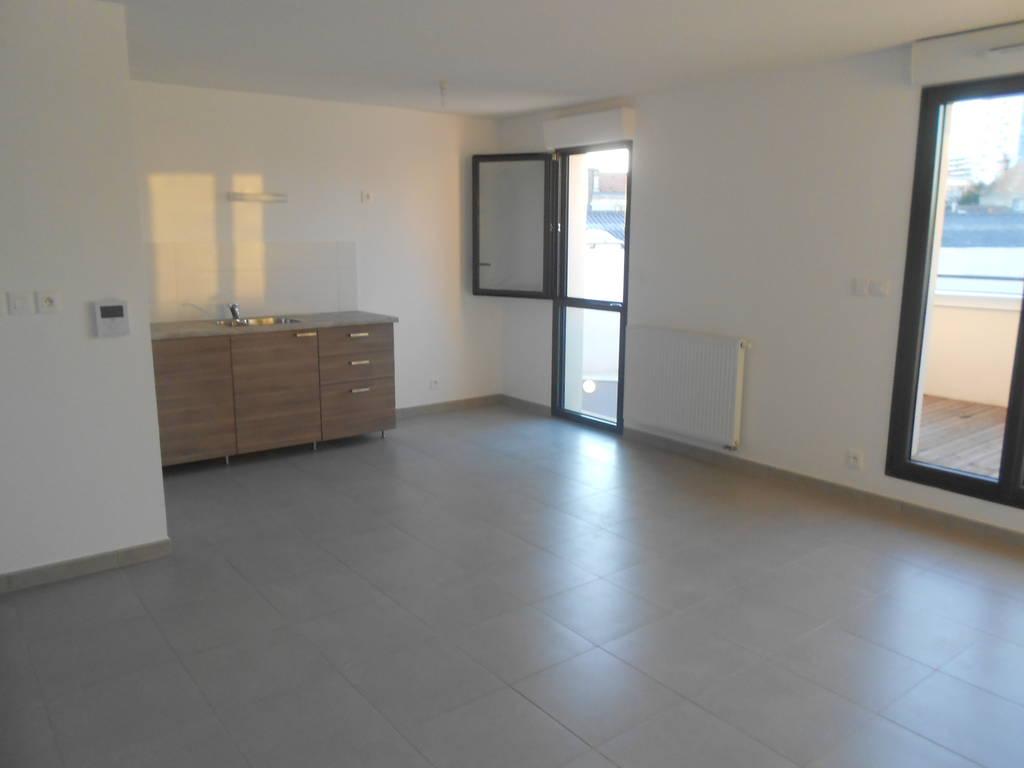 Location appartement 3 pi ces 68 m bordeaux 33 68 m for Location appartement bordeaux 400 euros