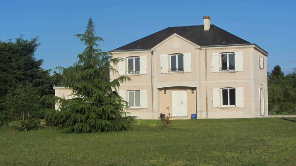 Location meubl e maison 160 m orleans 45 160 m 1 for Linge de maison orleans