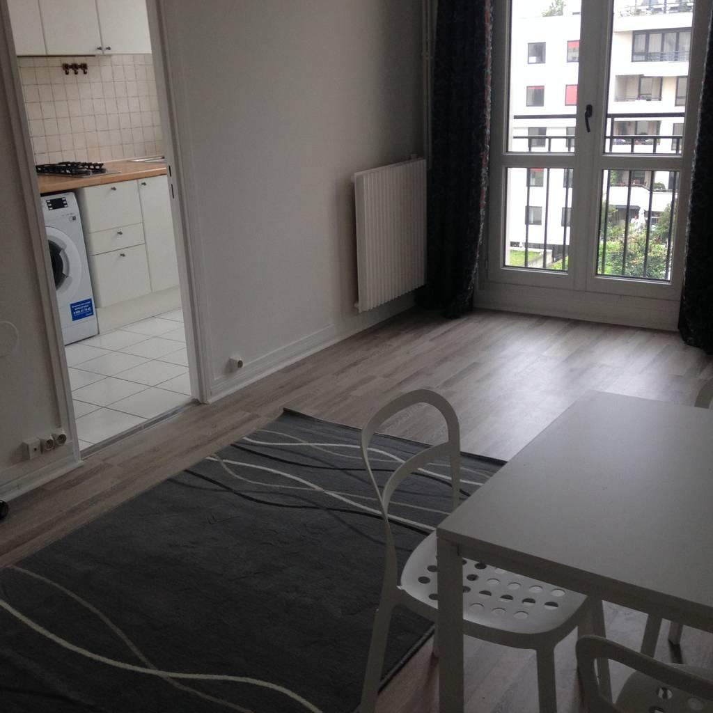 location meubl e studio 27 m boulogne billancourt 92100 27 m 880 e de particulier. Black Bedroom Furniture Sets. Home Design Ideas