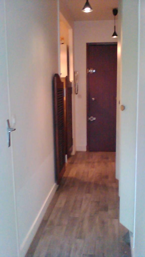 location studio 31 m paris 14e 31 m 900 e de particulier particulier pap. Black Bedroom Furniture Sets. Home Design Ideas