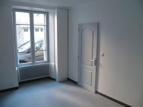 location appartement 2 pi ces 25 m massy 91300 25 m. Black Bedroom Furniture Sets. Home Design Ideas