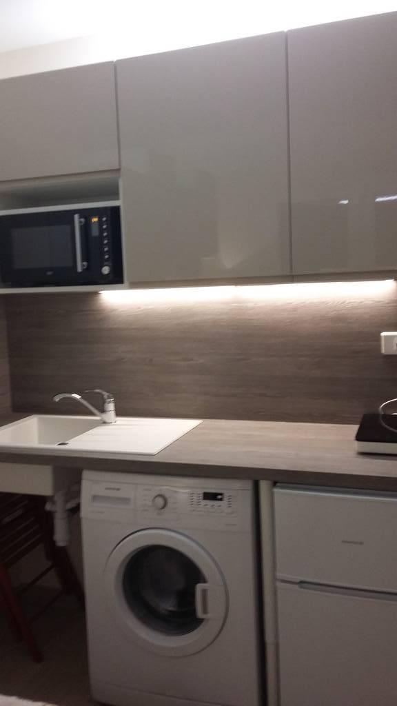 location meubl e studio chevilly larue 94550 660 e de particulier particulier pap. Black Bedroom Furniture Sets. Home Design Ideas