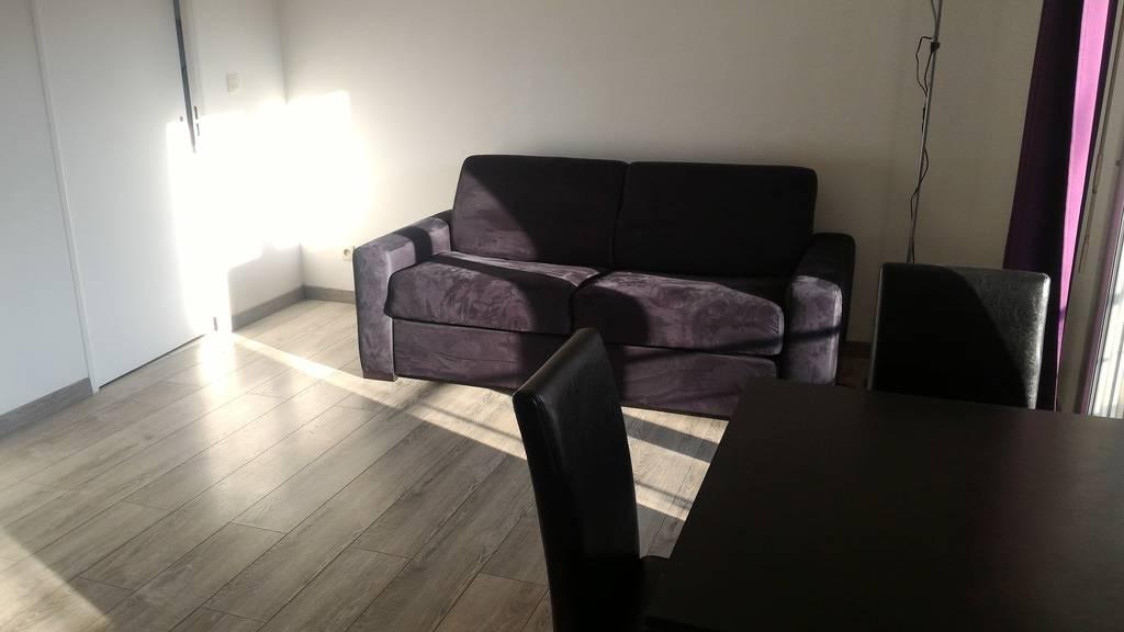 location meubl e studio 35 m issy les moulineaux 92130 35 m e de particulier. Black Bedroom Furniture Sets. Home Design Ideas