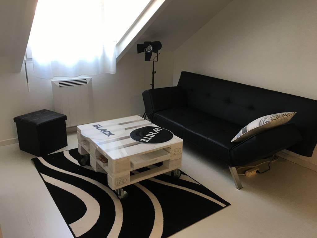 location studio 21 m massy 91300 21 m 590 e de. Black Bedroom Furniture Sets. Home Design Ideas
