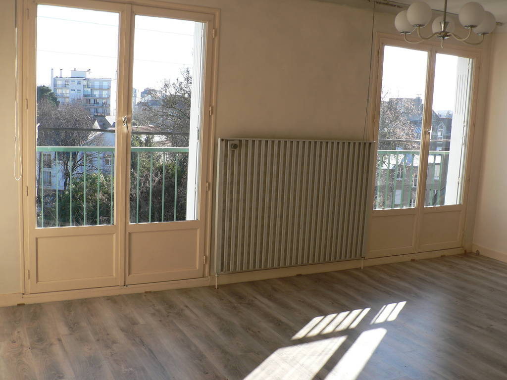 Location appartement 2 pi ces 36 m nantes 44 36 m for Garage versailles 44
