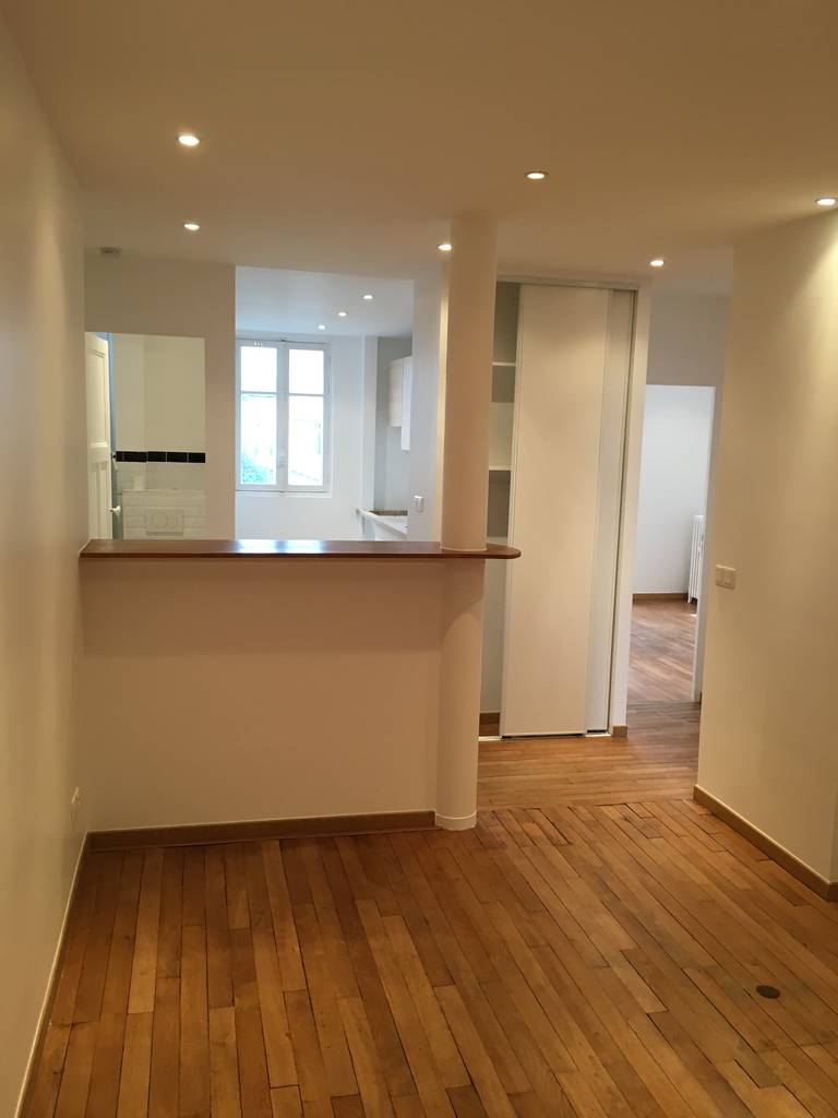 location appartement 3 pi ces 54 m montreuil 93100 54 m e de particulier. Black Bedroom Furniture Sets. Home Design Ideas
