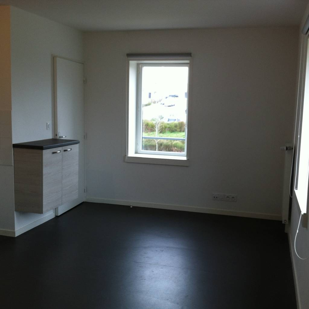 Location appartement 2 pi ces saint herblain 44800 418 for Location garage saint herblain