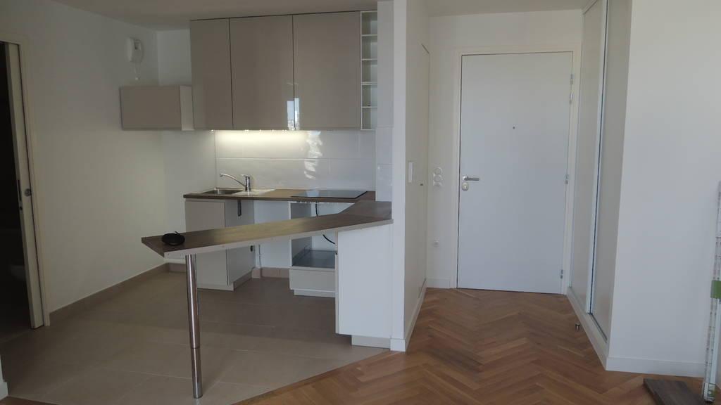 location appartement 2 pi ces 43 m bois colombes 92270 43 m e de particulier. Black Bedroom Furniture Sets. Home Design Ideas