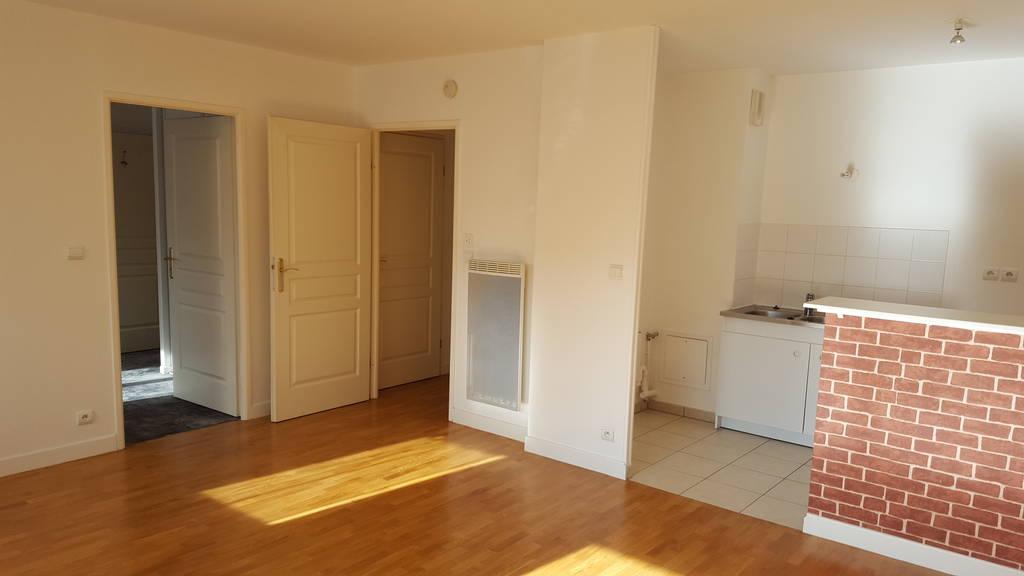 Location appartement 2 pièces 46 m² Les ClayesSousBois (78340) 860  ~ Location Les Clayes Sous Bois