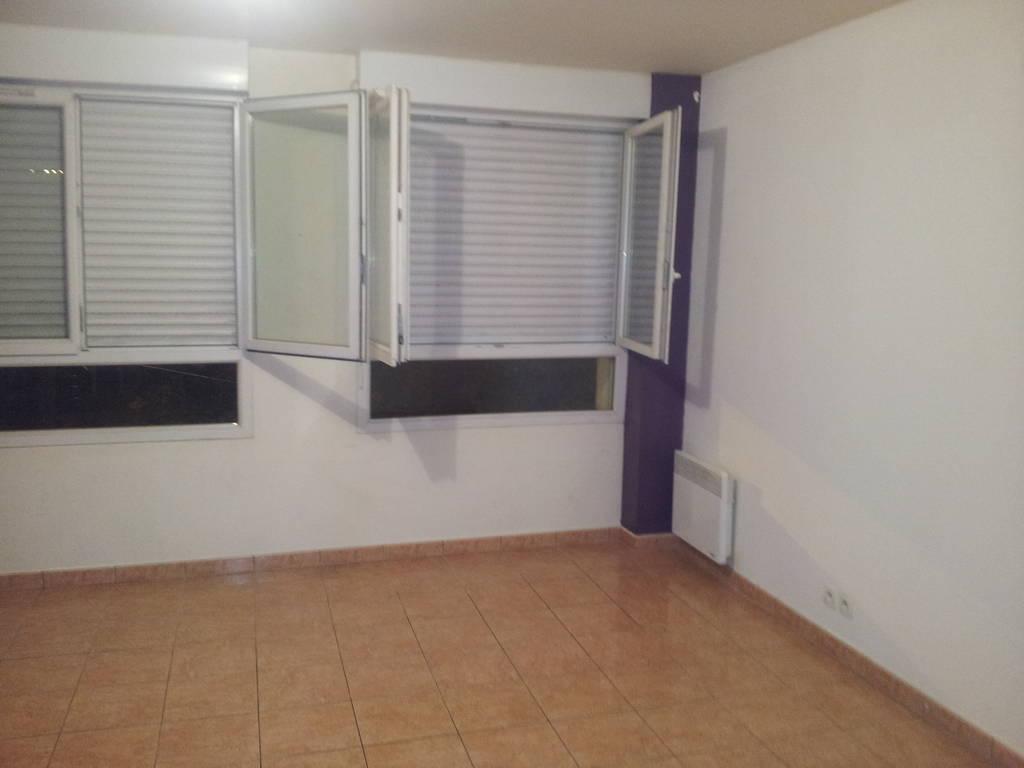 Location studio 45 m chelles 77500 45 m 800 e de particulier particulier pap - Location appartement chelles ...