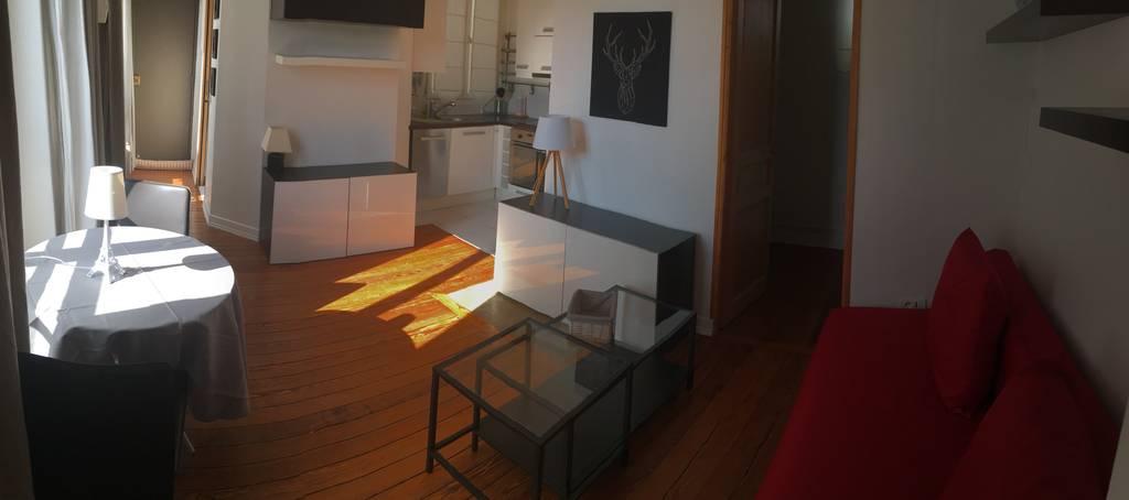 location meubl e appartement 2 pi ces 42 m saint germain en laye 78100 42 m e de. Black Bedroom Furniture Sets. Home Design Ideas