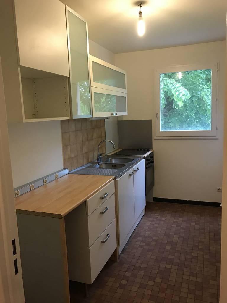 location appartement 2 pi ces 55 m creteil 94000 55 m 925 e de particulier. Black Bedroom Furniture Sets. Home Design Ideas