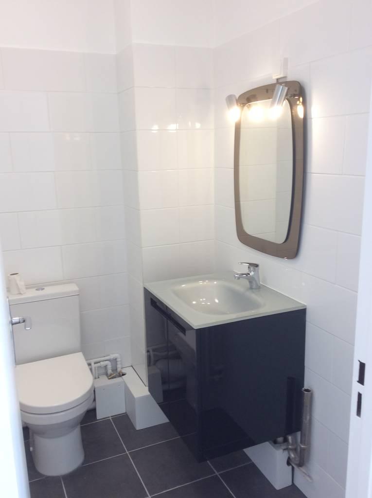 location studio 29 m paris 16e 29 m e de particulier particulier pap. Black Bedroom Furniture Sets. Home Design Ideas