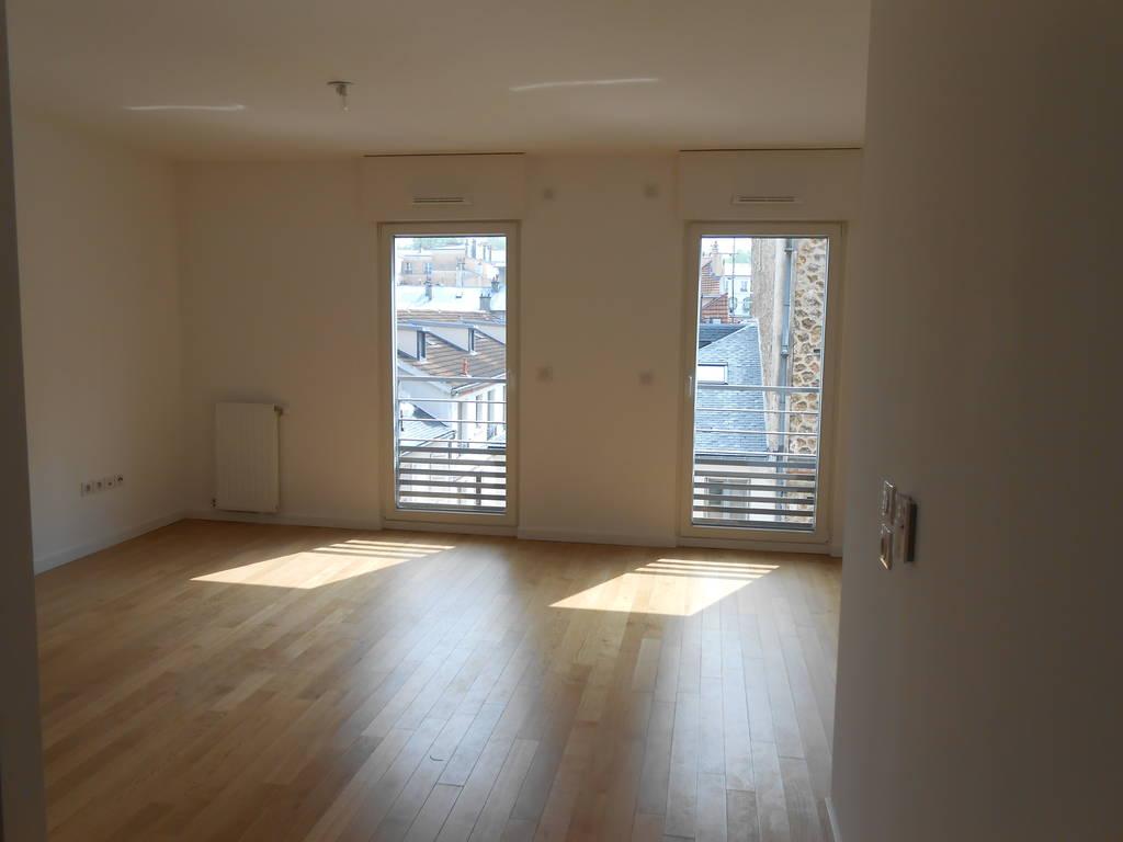 location studio 33 m versailles 78000 33 m 770 e de particulier particulier pap. Black Bedroom Furniture Sets. Home Design Ideas