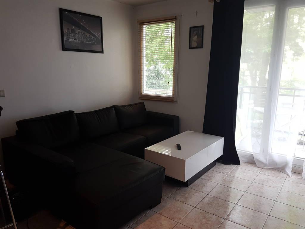 location appartement 2 pi ces 36 m rosny sous bois 93110 36 m 740 e de particulier. Black Bedroom Furniture Sets. Home Design Ideas