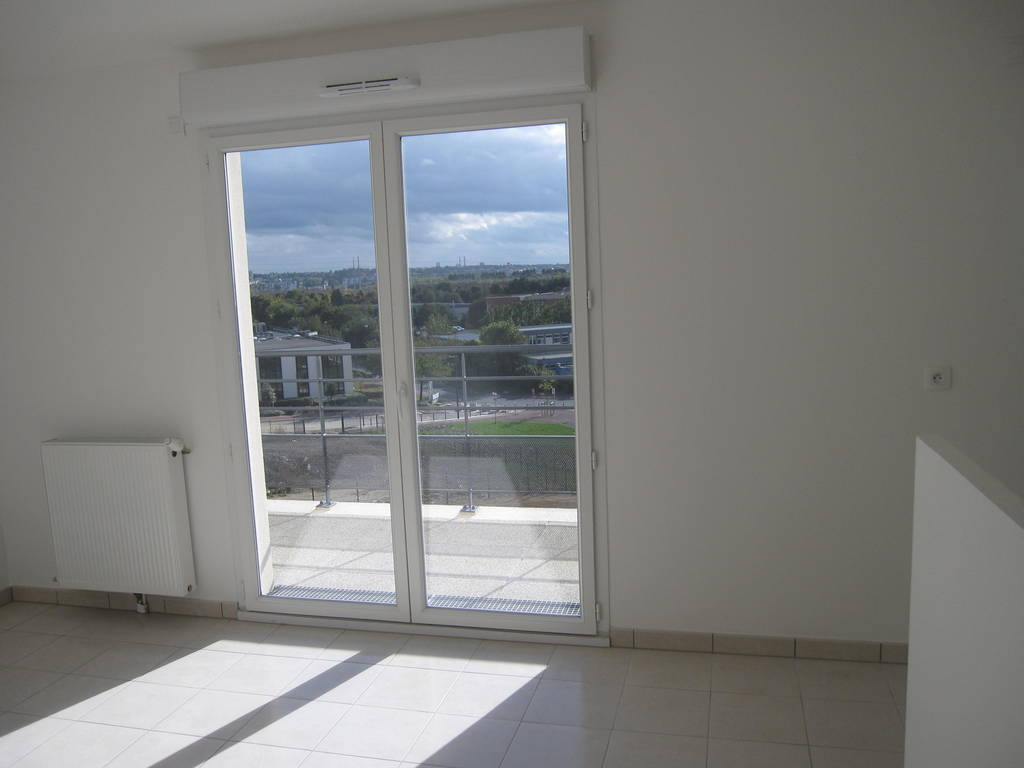 location appartement 2 pi ces 45 m creteil 94000 45 m 920 e de particulier. Black Bedroom Furniture Sets. Home Design Ideas