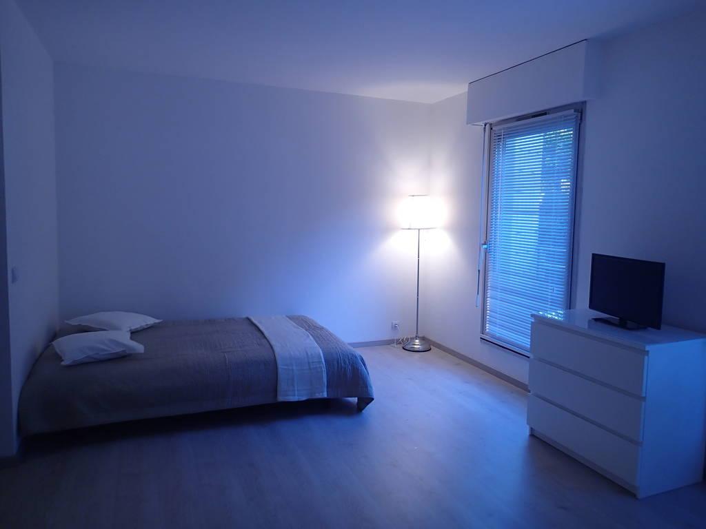 location meubl e studio 27 m torcy 77200 27 m 720 e de particulier particulier pap. Black Bedroom Furniture Sets. Home Design Ideas
