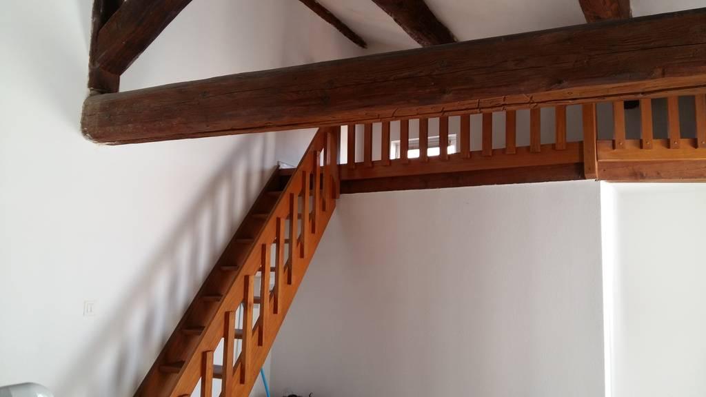 location studio 28 m nimes 30 28 m 430 e de particulier particulier pap. Black Bedroom Furniture Sets. Home Design Ideas