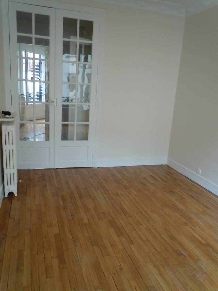 location appartement 2 pi ces 43 m asnieres sur seine 92600 43 m 812 e de particulier. Black Bedroom Furniture Sets. Home Design Ideas