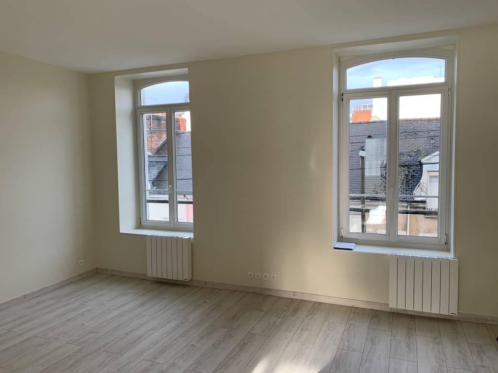 Location appartement 6pièces 160m² Le Mans (72) - 995€