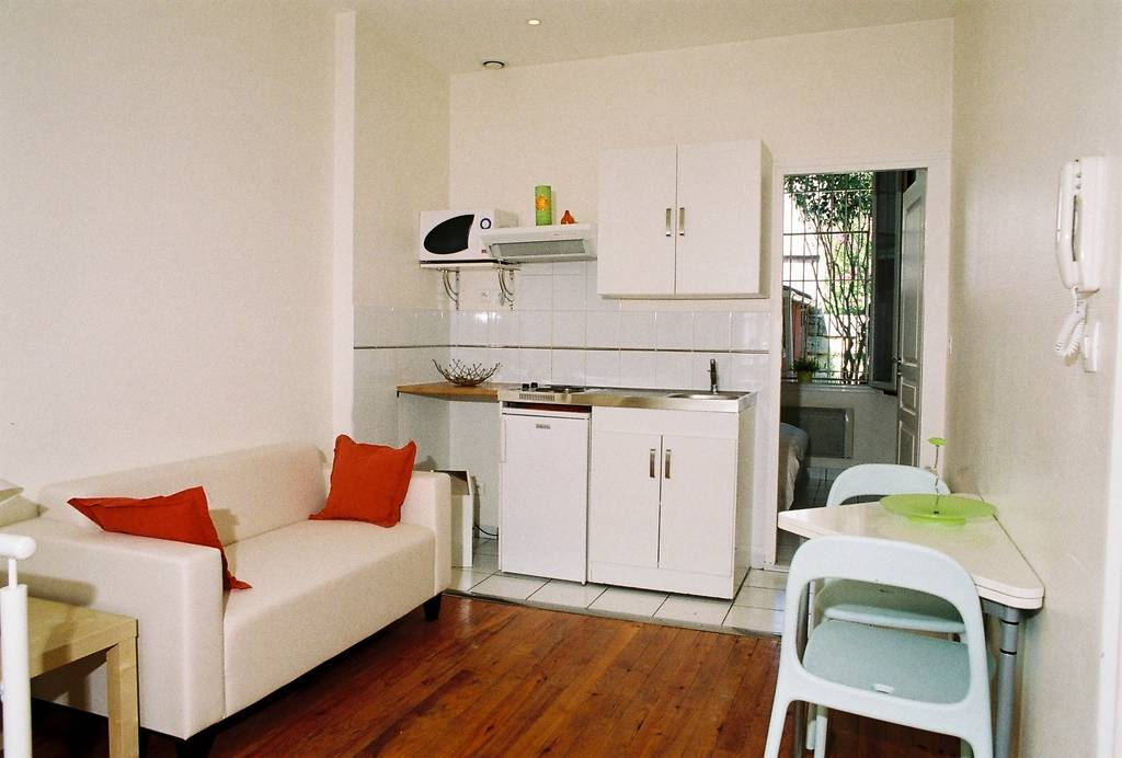 location meubl e appartement 2 pi ces 27 m bordeaux 33 27 m 625 e de particulier. Black Bedroom Furniture Sets. Home Design Ideas