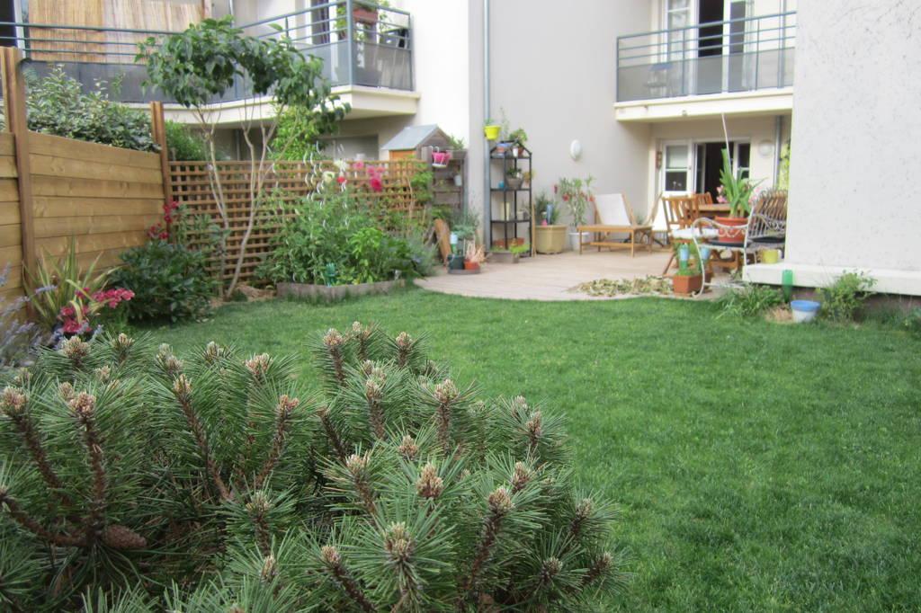 Location meubl e appartement 2 pi ces 40 m bagneux 92220 for Entretien jardin locataire