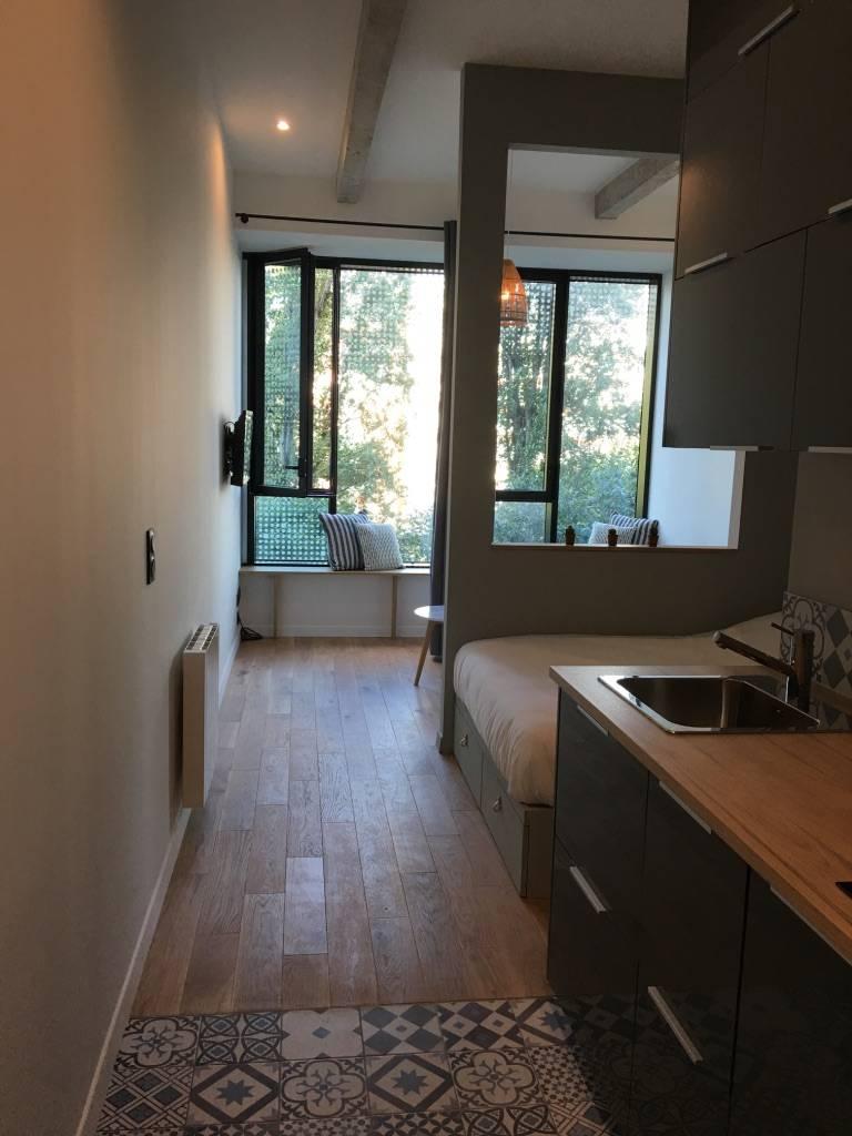 location meubl e studio 24 m paris 13e 24 m 980 e de particulier particulier pap. Black Bedroom Furniture Sets. Home Design Ideas