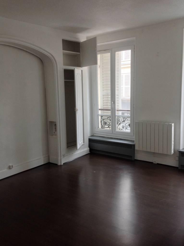 location appartement 3 pi ces 63 m levallois perret 92300 63 m e de particulier. Black Bedroom Furniture Sets. Home Design Ideas