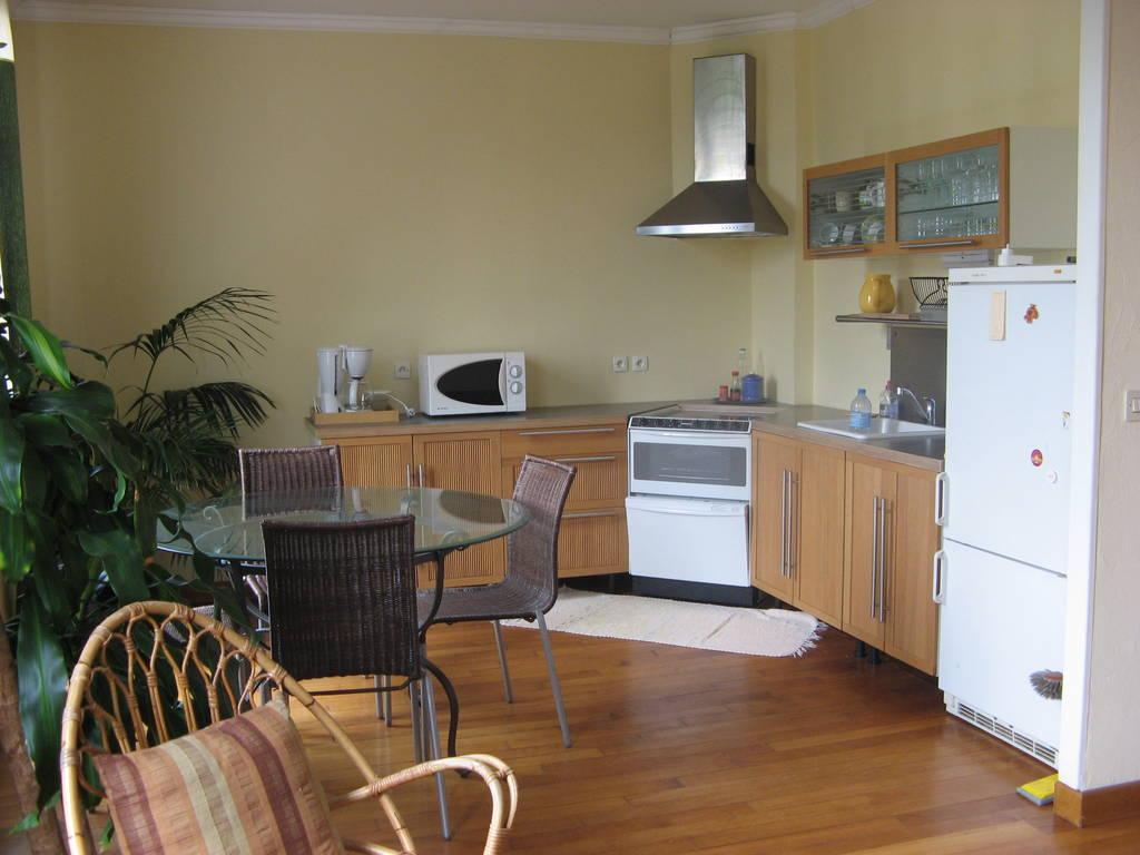 location meubl e appartement 3 pi ces 50 m saint germain en laye 78100 50 m e de. Black Bedroom Furniture Sets. Home Design Ideas