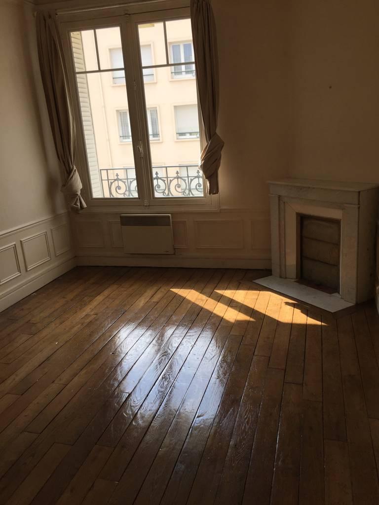 location appartement 2 pi ces 50 m reims 51100 50 m 510 e de particulier particulier. Black Bedroom Furniture Sets. Home Design Ideas