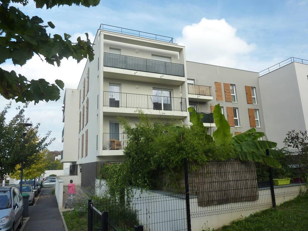 Location appartement 3 pi ces 66 m boussy saint antoine for Boussy saint antoine piscine