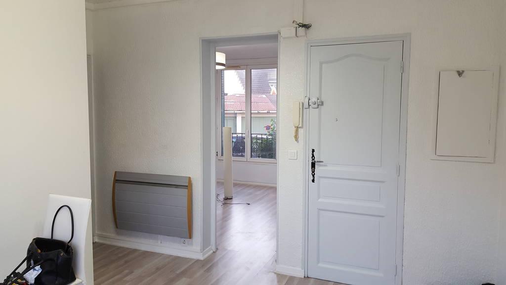 Location appartement 2 pi ces 32 m sucy en brie 94370 for Appartement atypique sucy en brie
