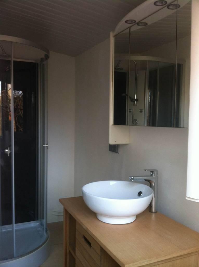 location meubl e studio 25 m clamart 92140 25 m 790 e de particulier particulier pap. Black Bedroom Furniture Sets. Home Design Ideas