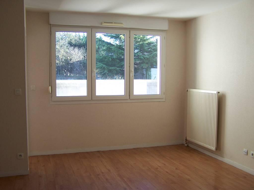 location appartement 4 pi ces 82 m reims 51100 82 m 690 e de particulier particulier. Black Bedroom Furniture Sets. Home Design Ideas