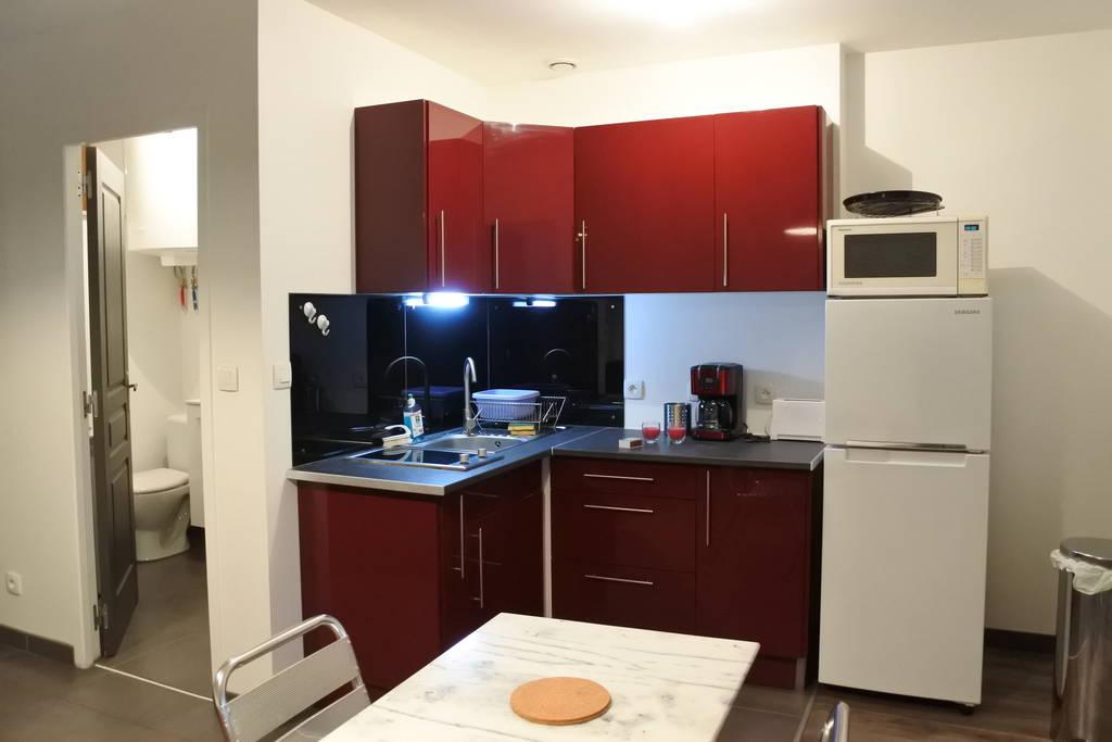 Location meublée appartement 3 pièces 46 m² Lyon 9E 46