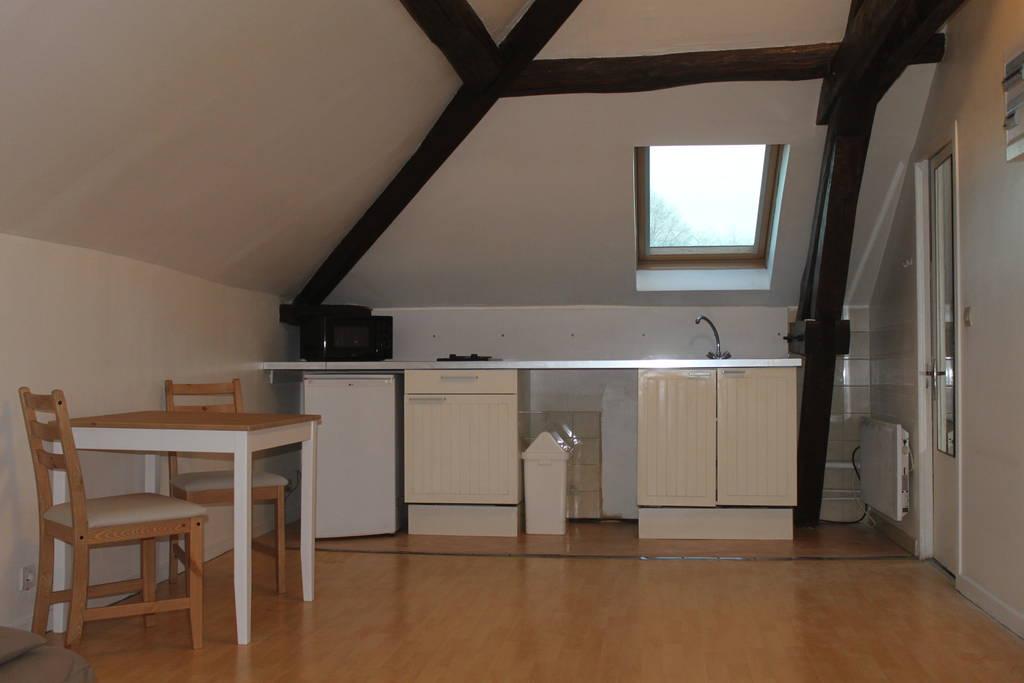 location meubl e studio 27 m plailly 60128 27 m 540 e de particulier particulier pap. Black Bedroom Furniture Sets. Home Design Ideas