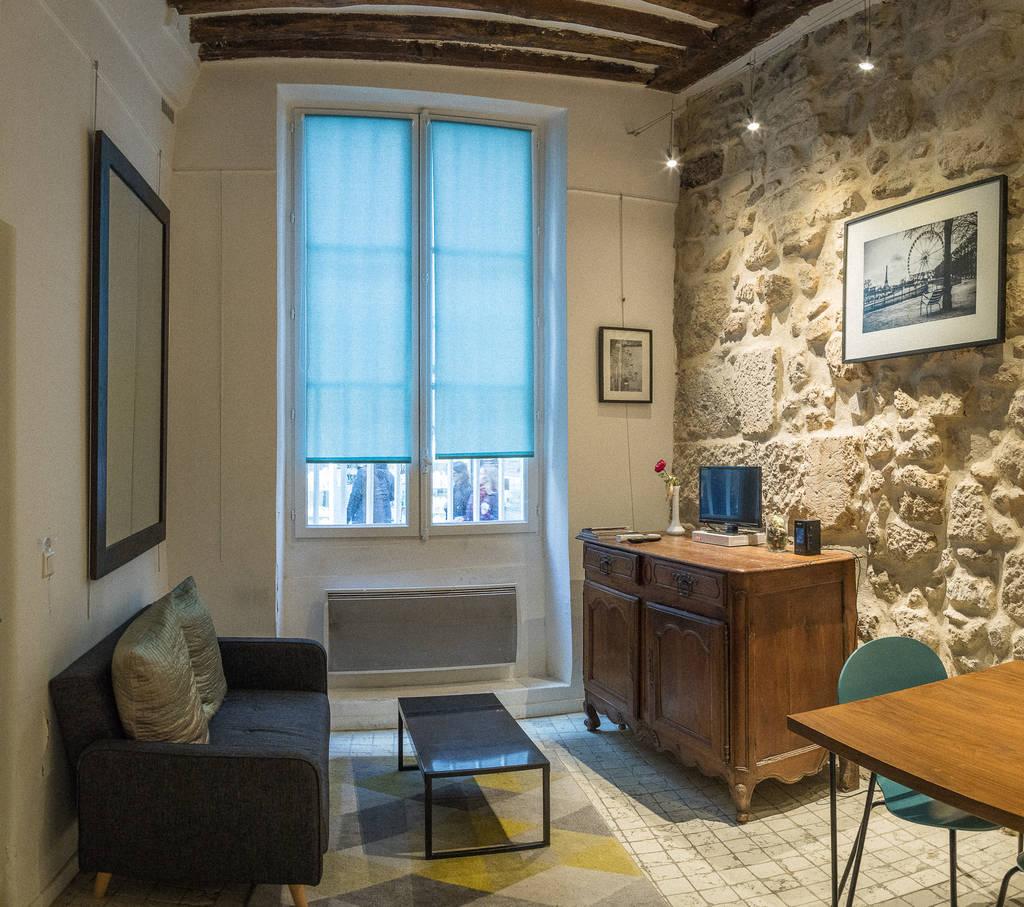 Location meubl e chambre 19 m paris 4e 19 m 850 e for Chambre 19 paris
