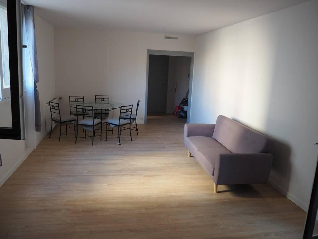location meubl e appartement 4 pi ces 83 m perpignan 66 83 m 760 e de particulier. Black Bedroom Furniture Sets. Home Design Ideas