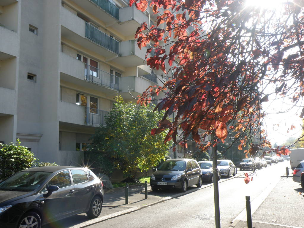 Location appartement 2 pi ces 35 m neuilly sur marne for Garage ad neuilly sur marne
