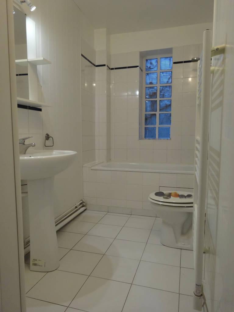 location appartement 2 pi ces 50 m soisy sous montmorency 95230 50 m 680 e de. Black Bedroom Furniture Sets. Home Design Ideas