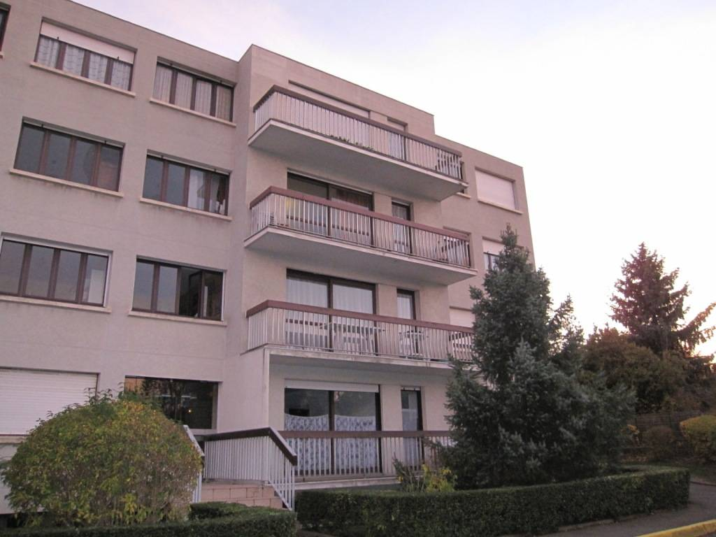 location appartement 2 pi ces 46 m chatenay malabry 92290 46 m 950 e de particulier. Black Bedroom Furniture Sets. Home Design Ideas