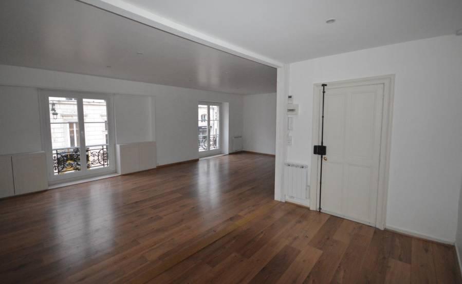location appartement 2 pi ces 70 m orleans 45 70 m 795 e de particulier particulier. Black Bedroom Furniture Sets. Home Design Ideas