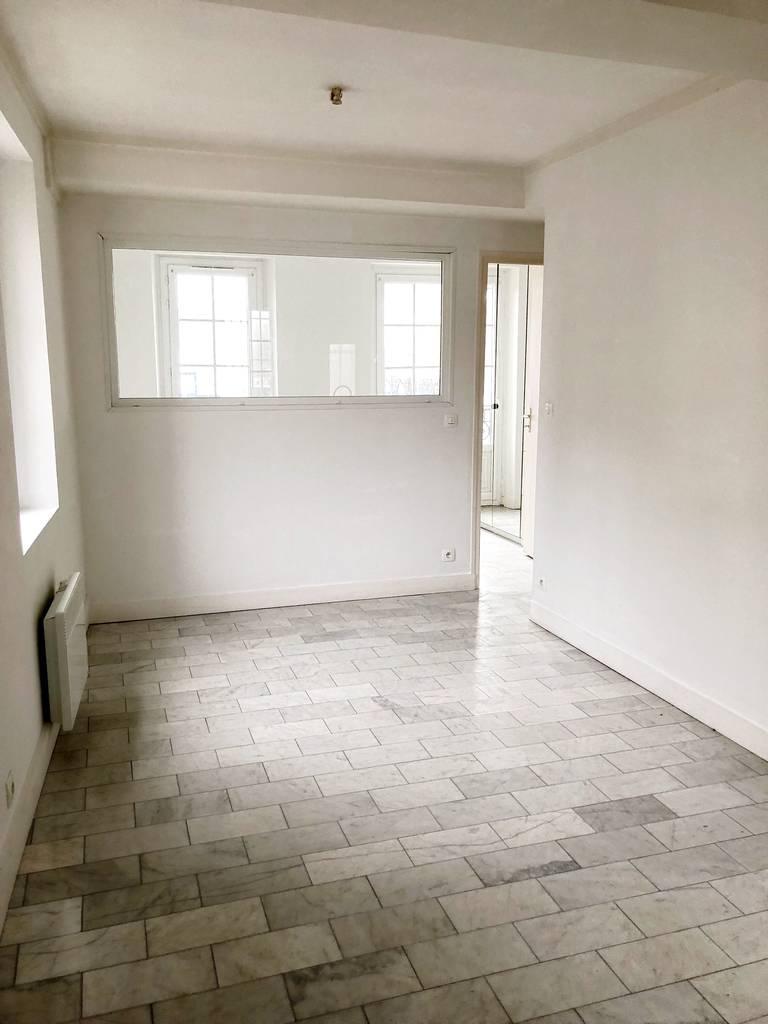 location appartement 2 pi ces 30 m meaux 77100 30 m 610 e de particulier particulier. Black Bedroom Furniture Sets. Home Design Ideas